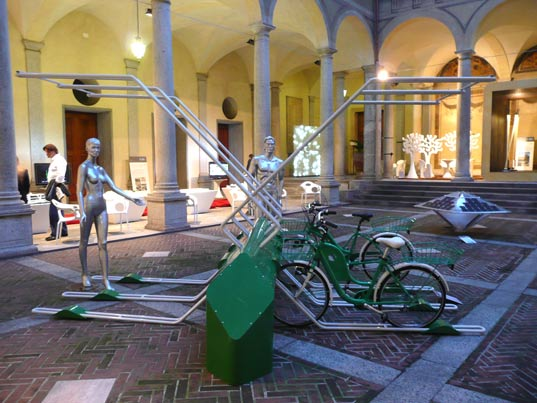 milan furniture fair 2009, sustainable design, green design, well tech awards showcase, eco-friendly design, alternative energy, industrial design, treviso-bike-share2