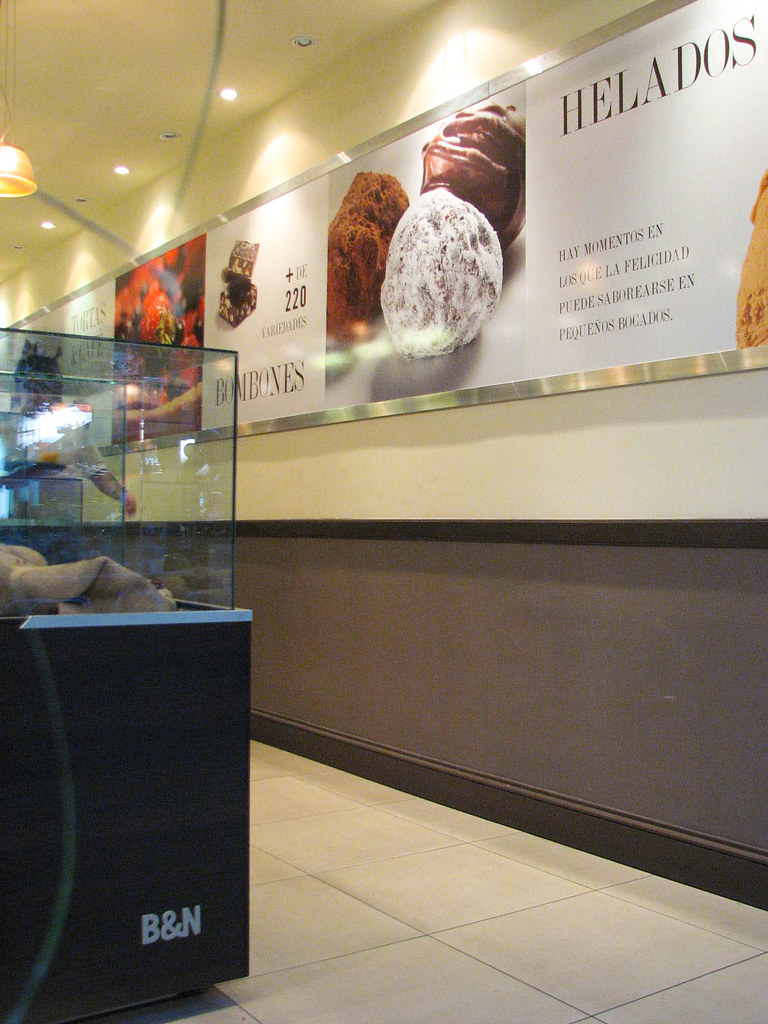 The World S Newest Photos Of Heladero And Helados Flickr Hive Mind # Muebles Huguito