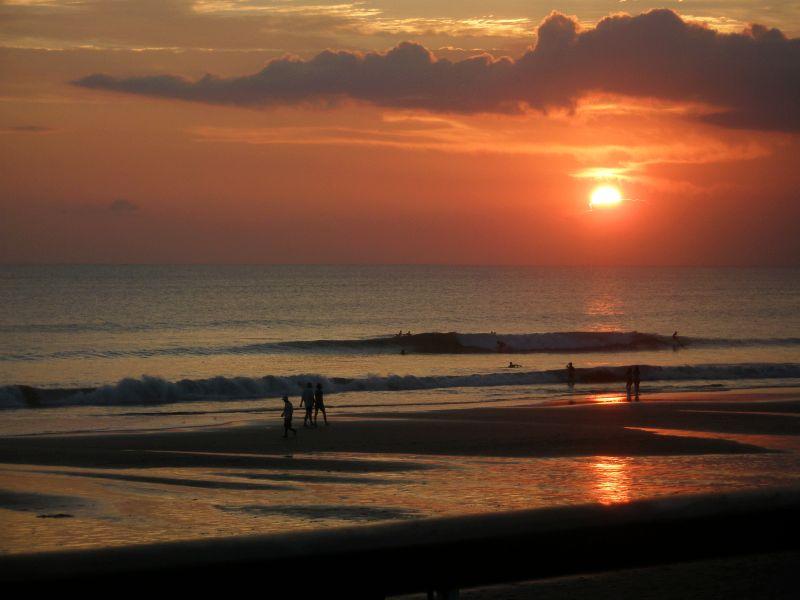 Ku De Ta sunset 2