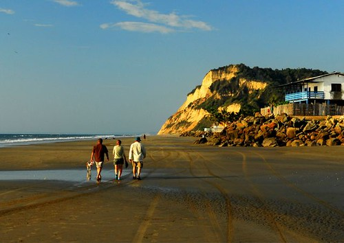 Ecuador-beach-property-facts
