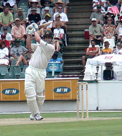 Adam Gilchrist on his way to a 204 off 213 balls-Australia vs SA 1st test Johanesburgh 2002