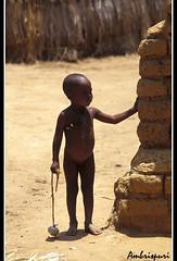 91-Deskonfiado. (Ambrispuri) Tags: africa portrait village retrato pueblo tribal mali ethnic niño desnudo chlid ríoníger ambrispuri