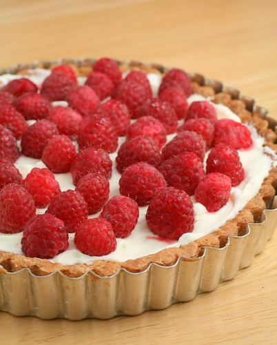 Nook & Pantry - A Food and Recipe Blog: Raspberry Lemon Cream Tart