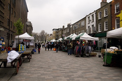 a street market in Inverness (by: Emma Swann, creative commons license)