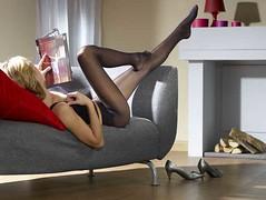 Sieht irgendwie erotisch aus oder? (tanjahammerl) Tags: pantyhose strumpfhosen tanjahammerl