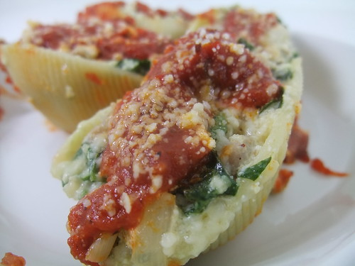 Sausage, Spinach & Ricotta Stuffed Shells | Columbus Foodie