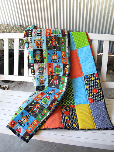 Robot Crib Quilt by gaydenesse