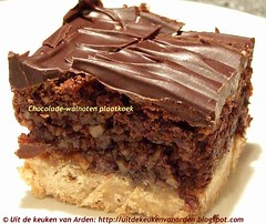 Chocolade-walnotenplaatkoek