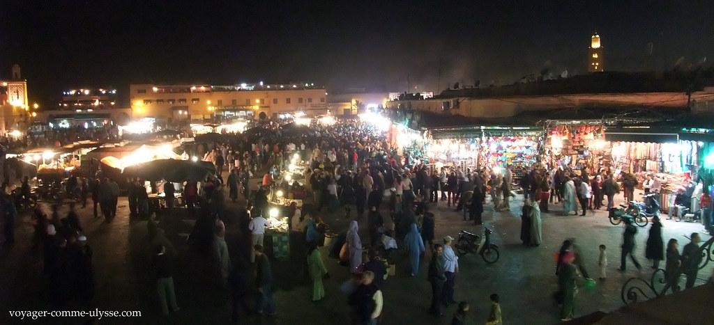 Praça Djemma El Fna, de noite