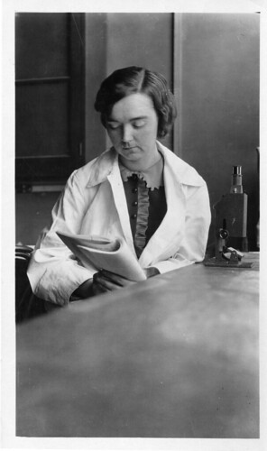 Mary Van Rensselaer Buell (1893-1969), the first woman to earn Ph.D. in biochemistry at the University of Wisconsin. Smithsonian Institution Archives.