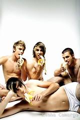 All Time Low! banana! (kinhacamargo) Tags: usa alex rock jack all time low banana zack rian dawson merrick barakat gaskarth