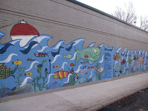 Mural at 33rd St at Minnehaha Ave S