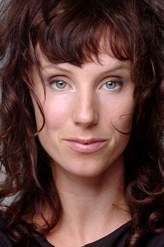 Headshot Naomi Stikeman 01