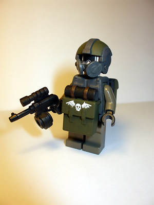 Krieg Fallschirmjager custom minifig