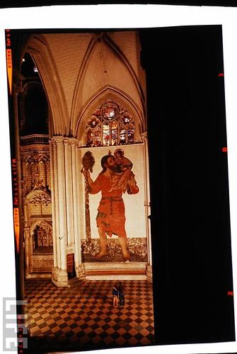 Interior de la Catedral de Toledo en 1963. Fotografía de Dmitri Kessel. Revista Life (9)