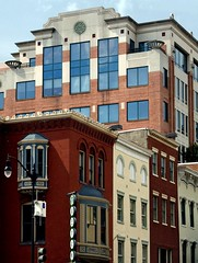 DC's rejuvenated Penn Quarter (by: Star_Parrot)