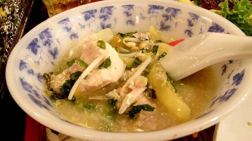 094.Ponlok Retauran的酸魚湯