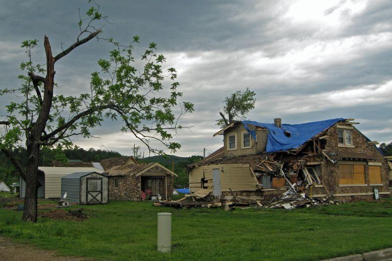 Mena Tornado 2009 56