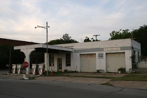 old gas station in eagle lake