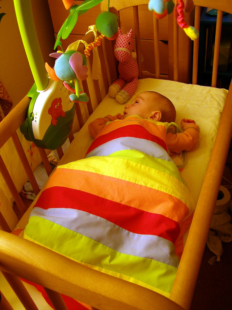 Как сделать так что бы ребёнок спал всю ночь