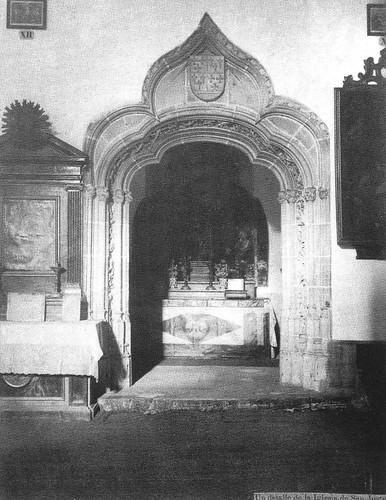 Capilla del Cristo en la Columna de la Iglesia de San Justo de Toledo en el siglo XIX. Fotografía de Casiano Alguacil
