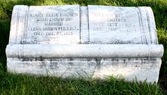 Glenn Brown and Mary Ella Chapman Brown Gravestone (Jay Kelly)