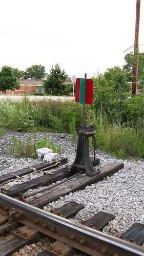 Model Railroad Switch Stands http://eddiesrailroad.blogspot.com/2009/08/hi-leval-switch-stand-northbrook.html