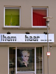 H100 (roberke) Tags: windows red green groen westvlaanderen rood marke kapsalon vensters