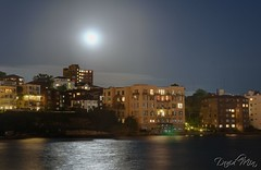 Moonlight on the Sydney bay (GlobeTrotter 2000) Tags: light vacation panorama moon night digital landscape bay nikon long exposure cityscape sydney full moonlight dri blending kirribilli d80 gettyvacation2010