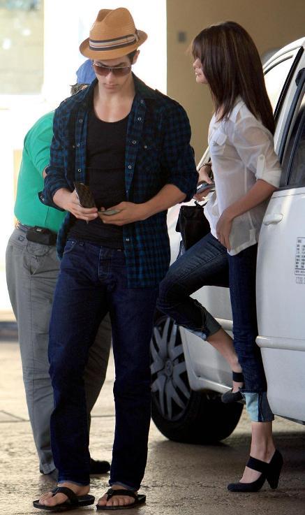 Selena Gomez And David Henrie Dating 2013 David Henrie And Selen...
