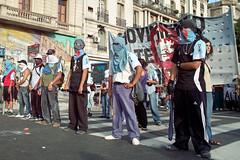 Encapuchado (illuminaut) Tags: street argentina buenosaires protest gang sigma movimiento marcha mtr hooded encapuchado dp1 vermummt matchpointwinner mpt282
