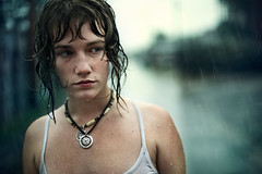 (Benoit.P) Tags: portrait canada color art film water girl rain photoshop movie 50mm mood montral benoit mtl quebec f14 pluie 5d mauricie fille froid paille troisrivires artlibre artlibres benoitp