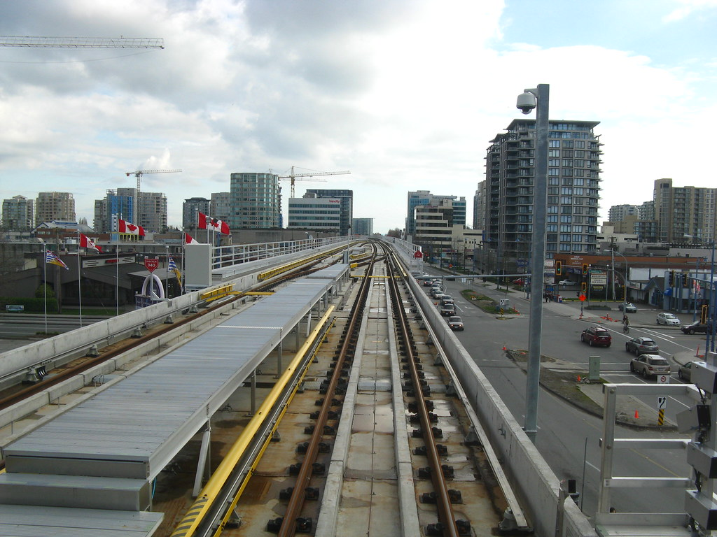 Looking South from Lansdowne Outbound