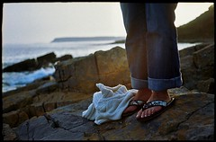 - (SFD (professional loungist)) Tags: feet fuji legs blu superia shoreline rocky jeans flipflops jersey jumper fujica 100iso 35ee thegower fujica35ee arranjumper