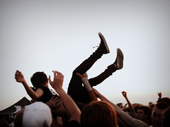 warped tour 09 (SHIYA) Tags: warpedtour crowdsurfing explored inbetweenfeeling