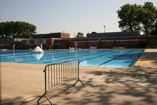 Red Hook Play Center (Sol Goodman Pool)