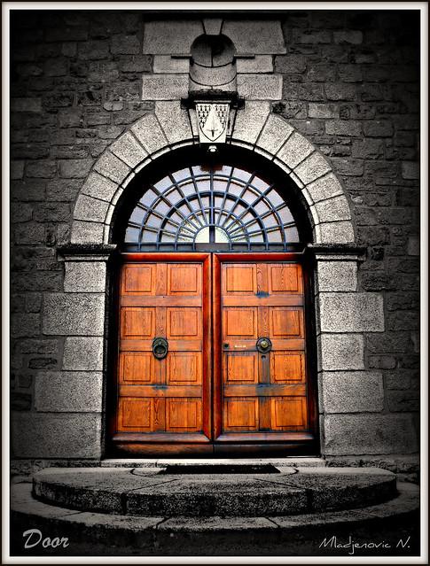 619 Door-Abbaye La Pierre Qui Vire Bourgogne