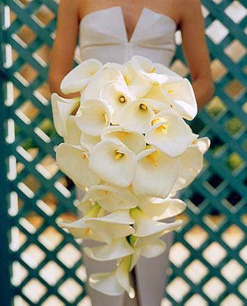 cascade wedding bouquet 7