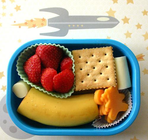 Preschool Bento #144: February 20,2009