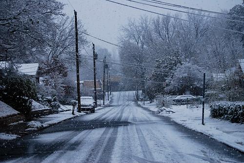 SS9_snowy_metro_street[2009]