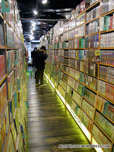 Look at the amount of manga books!