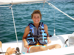 A beautiful smile (rickrjw) Tags: kids sailboat zeiss sailing michigan sony sailboats 4h dsc charlevoix boynecity lakecharlevoix f707 carlzeiss sailingschool photoshopalbum rickrjw