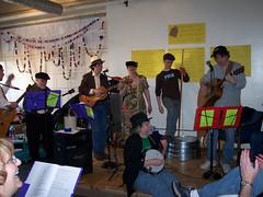 2009-04-11 Jug band Seder 035