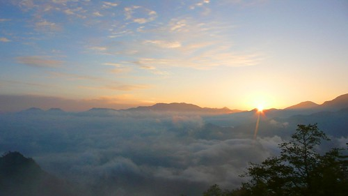 cloud ocean and sunrise, alishan