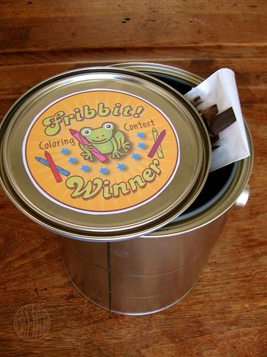 bucket o' art supplies!