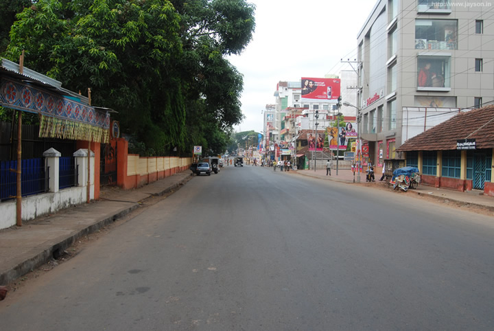 thrissur pooram - Thrissur Museum road during Pooram