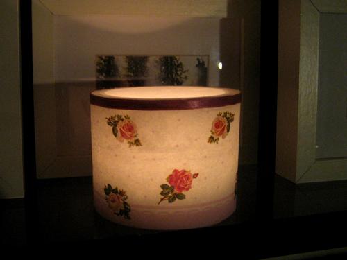 Luminária com rosas