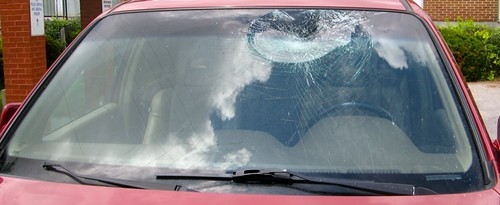 Broken Windshield - 401 - Toronto