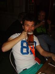 aazzarone drinking beer