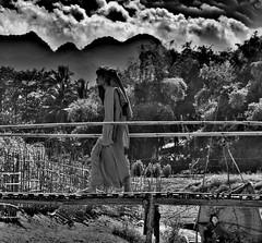 (Monia Sbreni) Tags: people bw asian asia noiretblanc zwartwit monk monaco bn laos schwarzweiss pretoebranco lao bianconero biancoenero svartvitt blackandwithe moniasbreni reportase